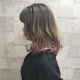 セミロング エレガント ダブルカラー 外国人風カラー ヘアスタイルや髪型の写真・画像 ヘアスタイルや髪型の写真・画像