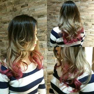 インナーカラー グラデーションカラー ストリート ピンク ヘアスタイルや髪型の写真・画像