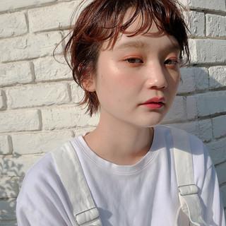 オレンジカラー ストリート ショートヘア ウルフカット ヘアスタイルや髪型の写真・画像