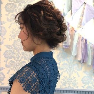 アンニュイほつれヘア ヘアアレンジ 結婚式 お呼ばれ ヘアスタイルや髪型の写真・画像