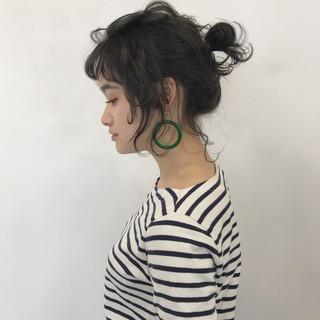 簡単ヘアアレンジ バレンタイン アンニュイ ヘアアレンジ ヘアスタイルや髪型の写真・画像 ヘアスタイルや髪型の写真・画像