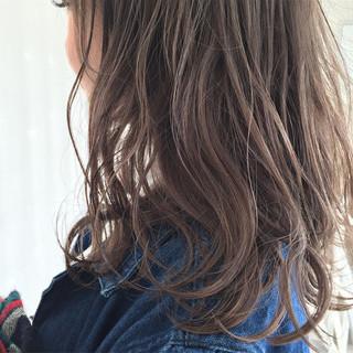 外国人風 大人かわいい セミロング アッシュ ヘアスタイルや髪型の写真・画像