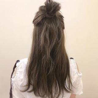 夏 ナチュラル ハイライト ロング ヘアスタイルや髪型の写真・画像