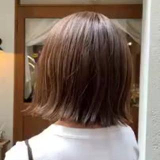 フェミニン 大人かわいい 切りっぱなしボブ 秋冬スタイル ヘアスタイルや髪型の写真・画像