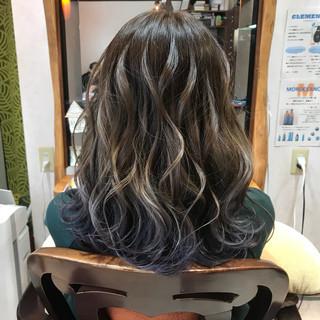 ゆるふわ セミロング ウェーブ 透明感 ヘアスタイルや髪型の写真・画像 ヘアスタイルや髪型の写真・画像