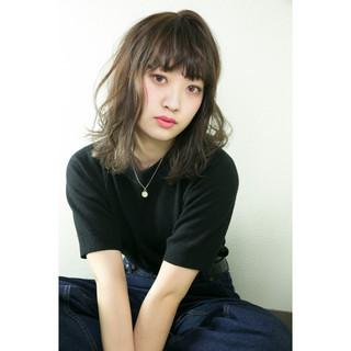 ストリート ハイライト 前髪あり 外国人風 ヘアスタイルや髪型の写真・画像