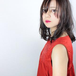 透明感 斜め前髪 ミディアム 上品 ヘアスタイルや髪型の写真・画像