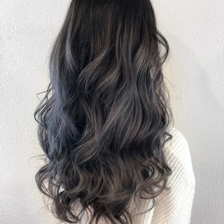 ヨシン巻き ラベンダー ロング グレージュ ヘアスタイルや髪型の写真・画像 ヘアスタイルや髪型の写真・画像