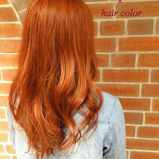 フェミニン ハイライト 外国人風 渋谷系 ヘアスタイルや髪型の写真・画像 ヘアスタイルや髪型の写真・画像