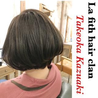 シルバーアッシュ 透明感 ナチュラル ブリーチなし ヘアスタイルや髪型の写真・画像 ヘアスタイルや髪型の写真・画像