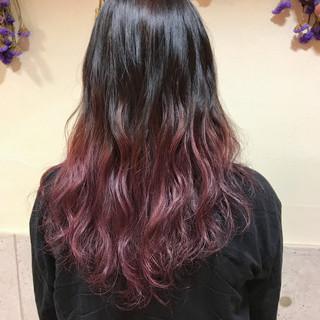 ピンク ピンクベージュ ベリーピンク グラデーション ヘアスタイルや髪型の写真・画像
