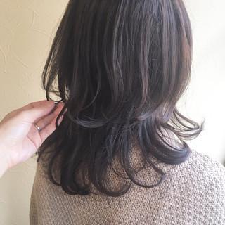 ミディアム デート スタイリング ワンカールスタイリング ヘアスタイルや髪型の写真・画像