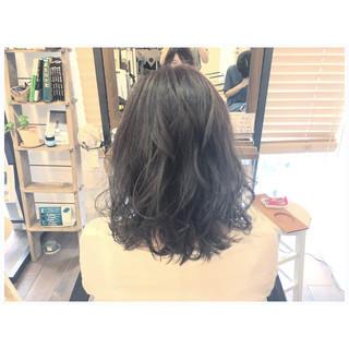 オリーブアッシュ ボブ グレーアッシュ アッシュグレージュ ヘアスタイルや髪型の写真・画像