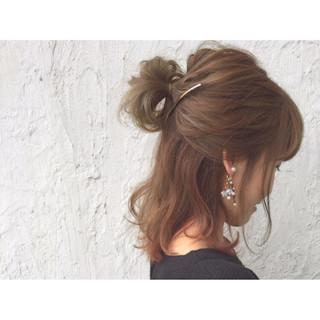 ハーフアップ ハイライト ヘアアレンジ 大人かわいい ヘアスタイルや髪型の写真・画像