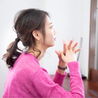 ガーリー ミディアム ヘアアレンジ オフィス ヘアスタイルや髪型の写真・画像