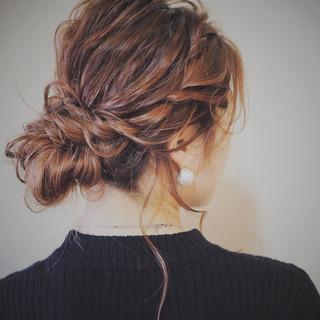 ヘアアレンジ フェミニン ミディアム アンニュイ ヘアスタイルや髪型の写真・画像