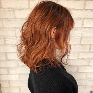 ミディアム 切りっぱなしボブ ウルフカット 簡単ヘアアレンジ ヘアスタイルや髪型の写真・画像