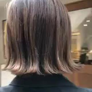 大人かわいい ボブ インナーカラー デート ヘアスタイルや髪型の写真・画像