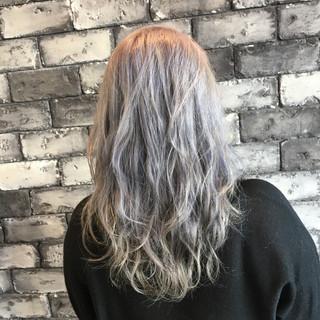 ストリート ハイライト 外国人風カラー グレージュ ヘアスタイルや髪型の写真・画像