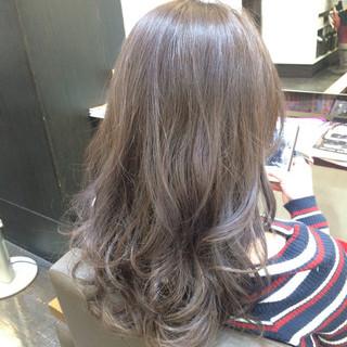 ブラウン 外国人風 アッシュ 黒髪 ヘアスタイルや髪型の写真・画像