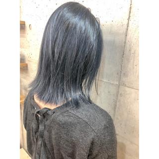 ブルーアッシュ ストリート セミロング ブリーチカラー ヘアスタイルや髪型の写真・画像 ヘアスタイルや髪型の写真・画像