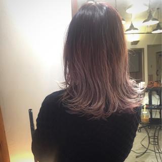 ストリート グラデーションカラー パンク セミロング ヘアスタイルや髪型の写真・画像