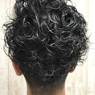 坊主 ボーイッシュ パーマ ショート ヘアスタイルや髪型の写真・画像