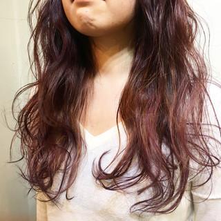 ストリート 暗髪 ゆるふわ グラデーションカラー ヘアスタイルや髪型の写真・画像