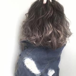 グラデーションカラー ストリート 黒髪 外国人風 ヘアスタイルや髪型の写真・画像