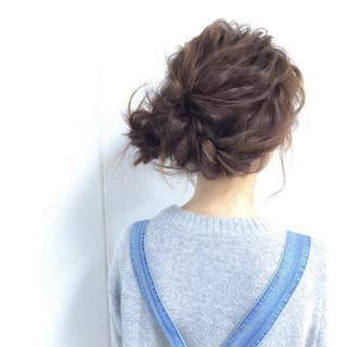 セミロング ふわふわ 簡単ヘアアレンジ お団子 ヘアスタイルや髪型の写真・画像