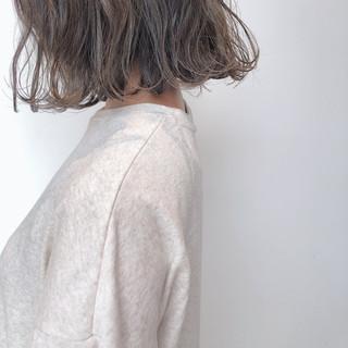 ミルクティーベージュ ボブ ボブ  ヘアスタイルや髪型の写真・画像