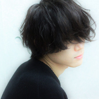 メンズパーマ メンズ メンズスタイル メンズカット ヘアスタイルや髪型の写真・画像