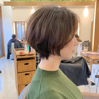 ショートヘア ハンサムショート ナチュラル 可愛い ヘアスタイルや髪型の写真・画像