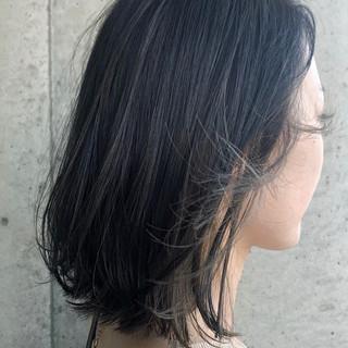 インナーカラーグレージュ ボブ ナチュラル インナーカラー ヘアスタイルや髪型の写真・画像 ヘアスタイルや髪型の写真・画像