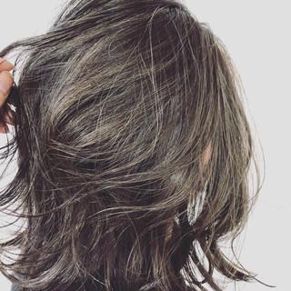 ボブ 上品 ネイビーアッシュ エレガント ヘアスタイルや髪型の写真・画像