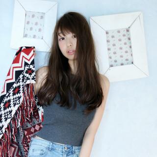 暗髪 かわいい ロング ブルージュ ヘアスタイルや髪型の写真・画像