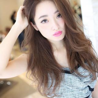 コテ巻き かきあげバング コンサバ ハイライト ヘアスタイルや髪型の写真・画像