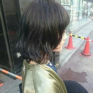 ニュアンス ミディアム ストリート レイヤーカット ヘアスタイルや髪型の写真・画像