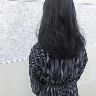 ブルージュ セミロング フェミニン 暗髪 ヘアスタイルや髪型の写真・画像