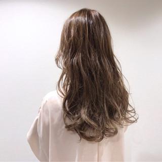 ナチュラル ロング 渋谷系 外国人風 ヘアスタイルや髪型の写真・画像