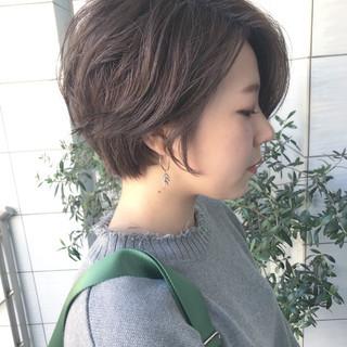 大人かわいい 小顔 ショート 似合わせ ヘアスタイルや髪型の写真・画像