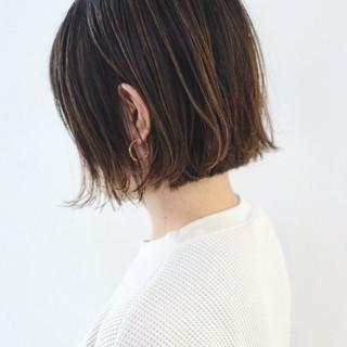バレイヤージュ ハイライト アッシュ グラデーションカラー ヘアスタイルや髪型の写真・画像
