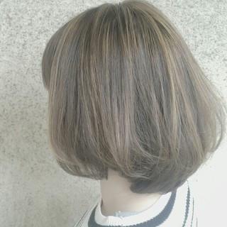 外国人風 ストリート ハイライト グレージュ ヘアスタイルや髪型の写真・画像