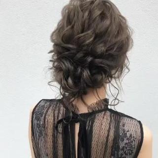 フェミニン セミロング 結婚式ヘアアレンジ 結婚式髪型 ヘアスタイルや髪型の写真・画像