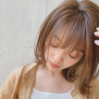 デジタルパーマ オリーブベージュ ヘアアレンジ ミディアム ヘアスタイルや髪型の写真・画像