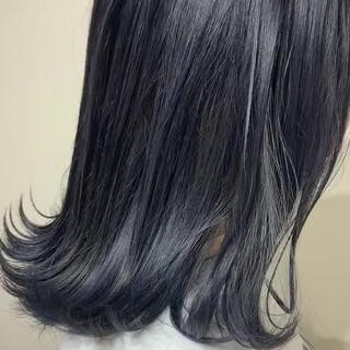 ネイビーブルー ナチュラル ミディアム ネイビーカラー ヘアスタイルや髪型の写真・画像