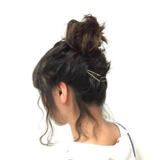 コンサバ お団子 波ウェーブ 愛され ヘアスタイルや髪型の写真・画像 ヘアスタイルや髪型の写真・画像