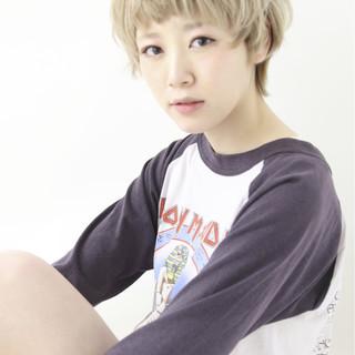 大人かわいい ハイトーン ハイライト モード ヘアスタイルや髪型の写真・画像