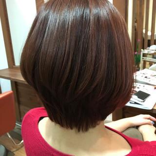 ショート ショートボブ レッド ベリーピンク ヘアスタイルや髪型の写真・画像