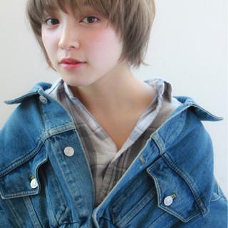 小顔 色気 似合わせ ナチュラル ヘアスタイルや髪型の写真・画像